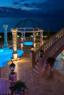 Roman-Swimming-Pool-Statues-Port-Ritchey-web-4198