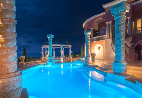 Roman-Swimming-Pool-Statues-Port-Ritchey-web-4203