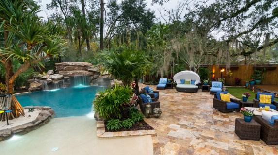 Jacksonville-custom-pool-grotto-lagoon-8349