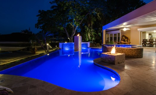 NIght time at the Modern Pool edge, bring the outdoor into the home