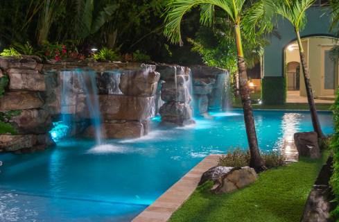 South-florida-custom-pools-costa-rica-9063