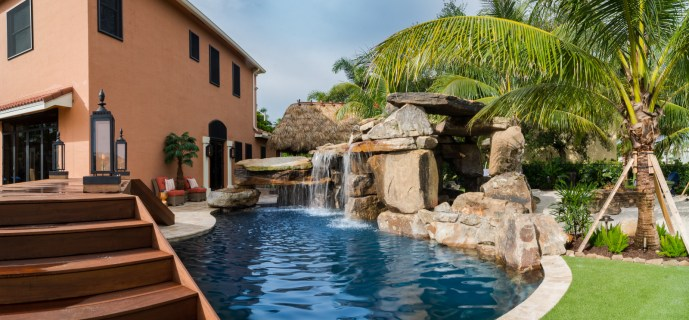 Backyard-custom-pool-resort-wellington-florida-