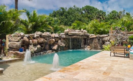 Bubblers-Sun-Shelf-Custom-Designer-Swimming-Pool-Nokomis-6
