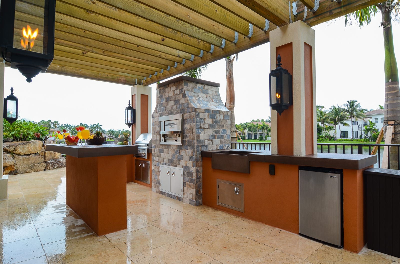 Outdoor Kitchens | Lucas Lagoons on Outdoor Kitchen By Pool id=44555