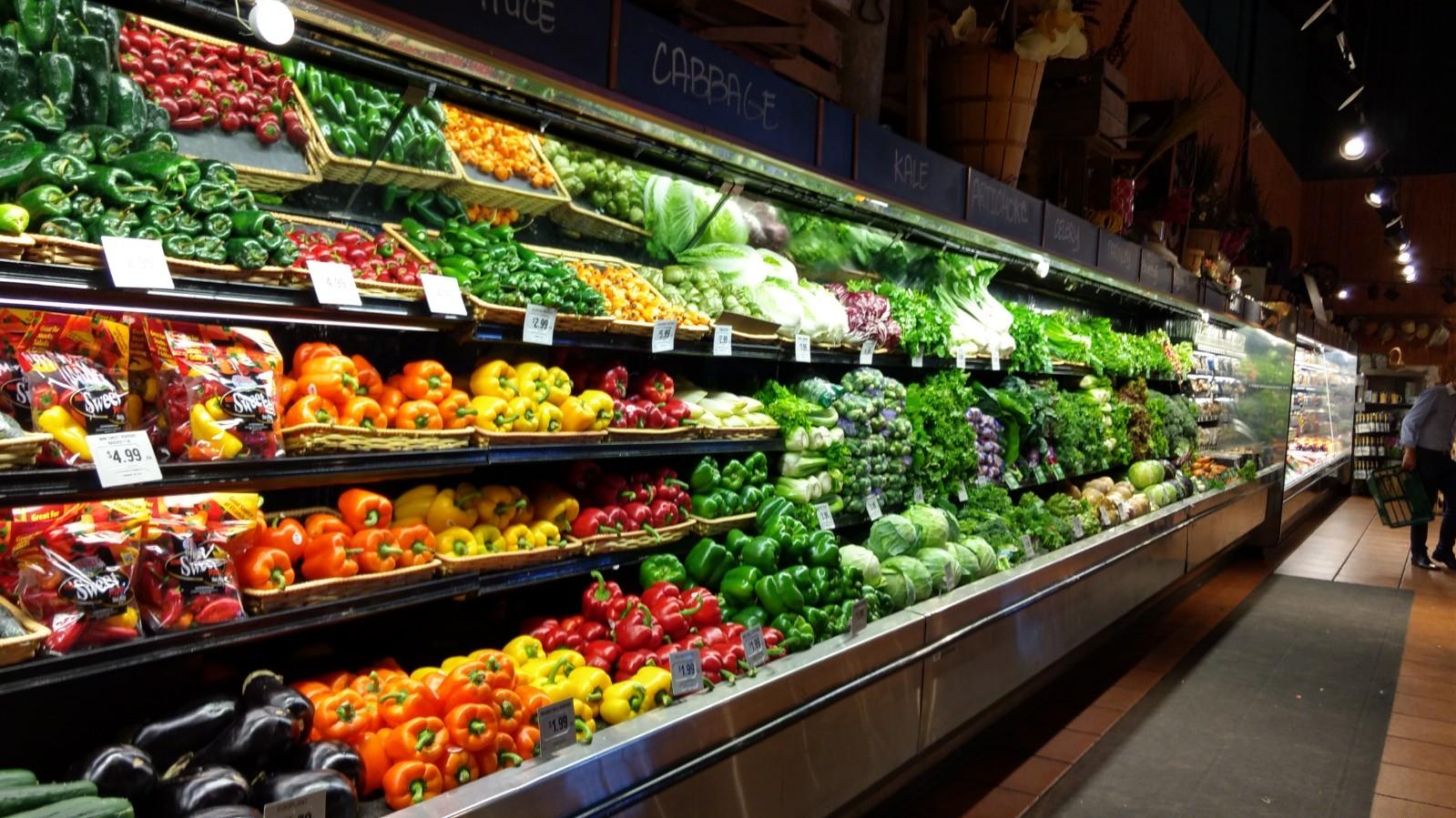 competencia de los supermercados del gran Concentración y competencia en sector de distribución minorista 4  el segmento del gran supermercado, probablemente el más característico y dinámico.