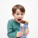 小学生の息子がバレンタインにチョコをもらった!お返しはどうさせる?