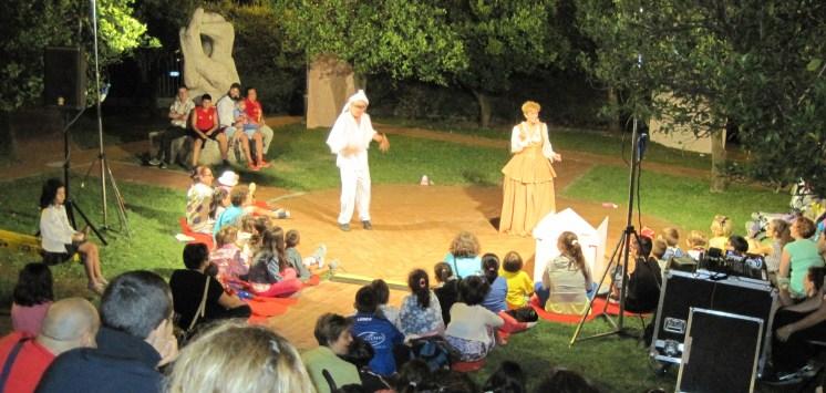 GiFFoni Live: spettacolo teatrale in strada