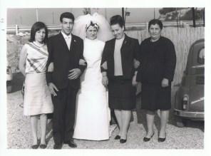 1966 foto di gruppo con sposi