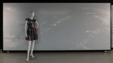 028 Luminous textile