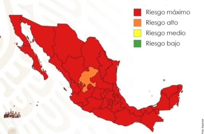 Semáforo epidemiológico en rojo, casi nadie le hace caso.