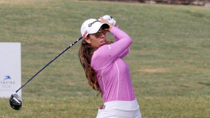 Gana María Fassi su primer título profesional
