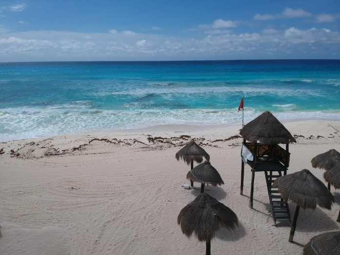 Ocultan municipios erosión de playas