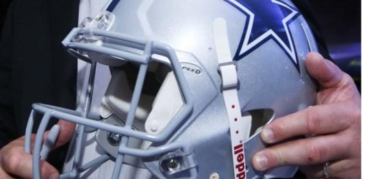 Taclea Covid juego del Salón de la Fama de NFL