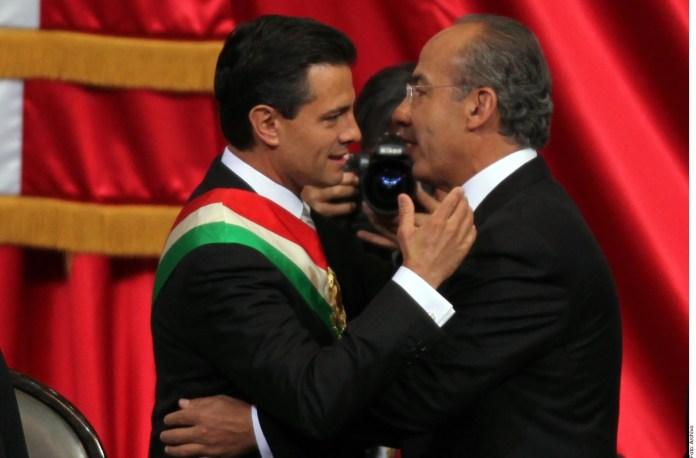 Si lo decide FGR, que llamen a Peña Nieto y Calderón.- AMLO