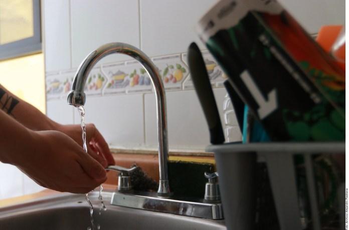 Pagan 19 mil usuarios de CDMX cargo extra por agua