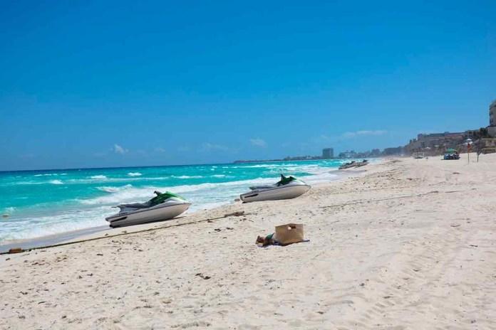 ALT_Pide AMLO a Miguel Torruco posicionamiento sobre acceso a playas