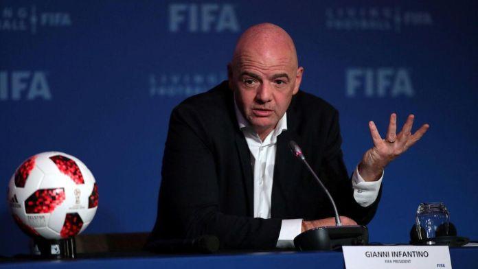 Inician proceso legal contra presidente de FIFA