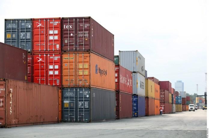 Adaptan 'bodegas móviles' para carga portuaria