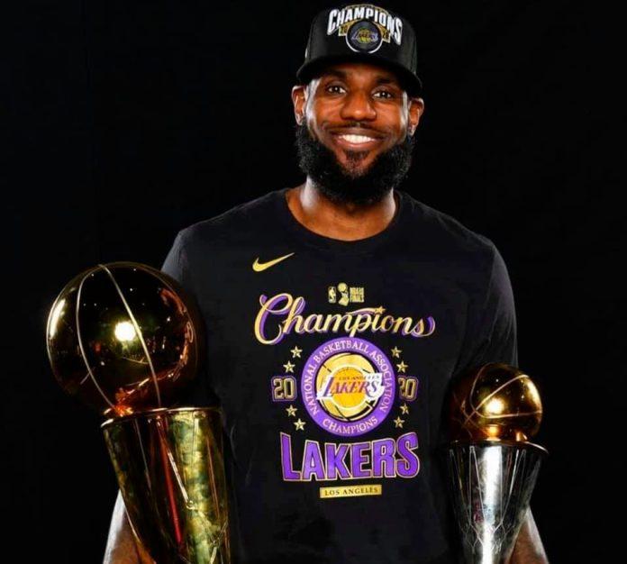 Extiende James su leyenda en la NBA