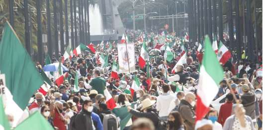 Marcha contra López Obrador