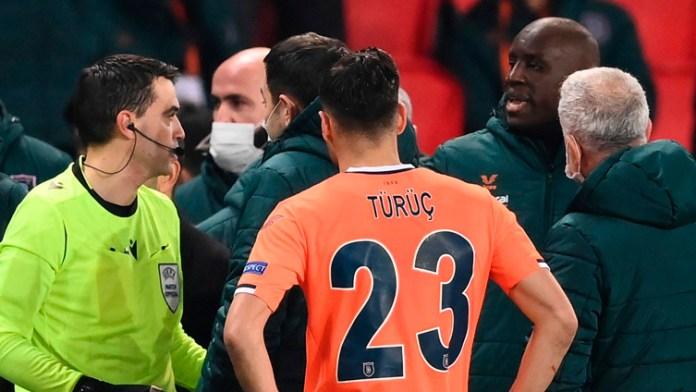 Suspenden partido de Champions por supuesto racismo