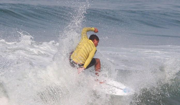 Frena apatía desarrollo del surf en Quintana Roo