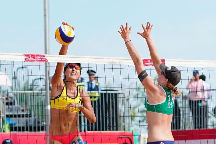 Dan revés a Qatar por prohibir bikinis en voleibol de playa