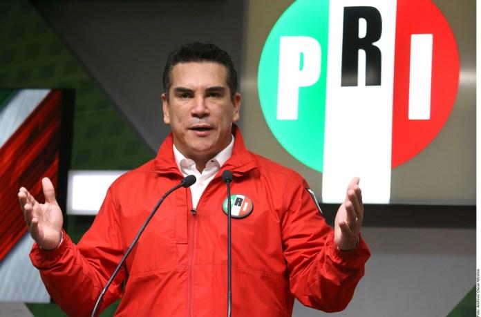 'Atacar a INE pone en riesgo elección'