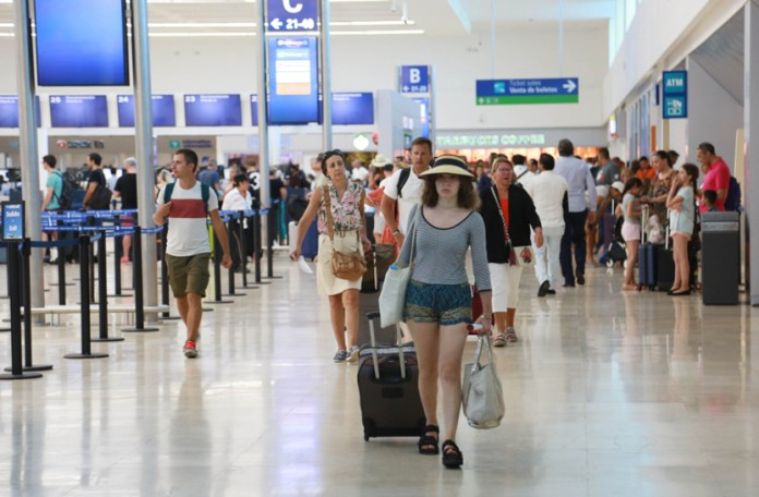 Alistan nuevo cobro a turistas extranjeros