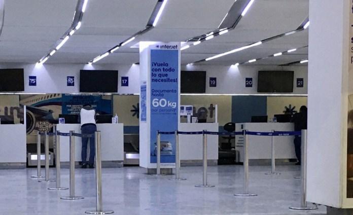 Deja Interjet atorón legal a pasajeros