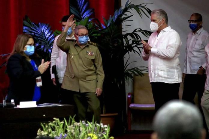 Queda Díaz-Canel al mando del Partido Comunista de Cuba