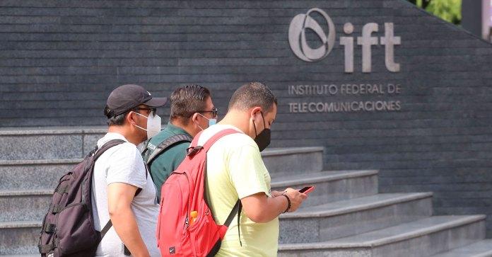 Sugieren al IFT ir; contra el Padrón