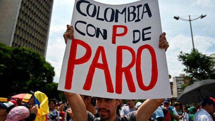 Sacuden Colombia huelgas y bloqueos