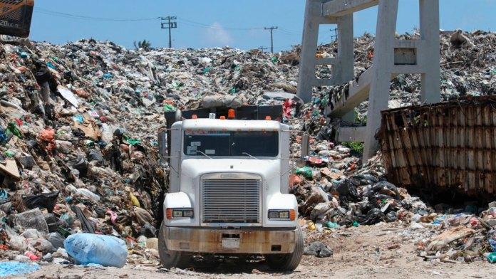 Ahogan a la Isla 14 mil tns de basura