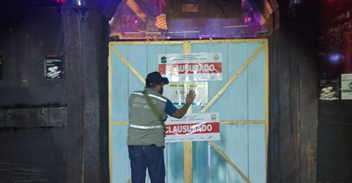 Clausuran Bar Santino en Tulum por violar límite de aforo