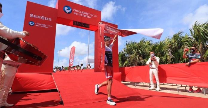 Gana triatleta olímpico el Challenge de Cancún