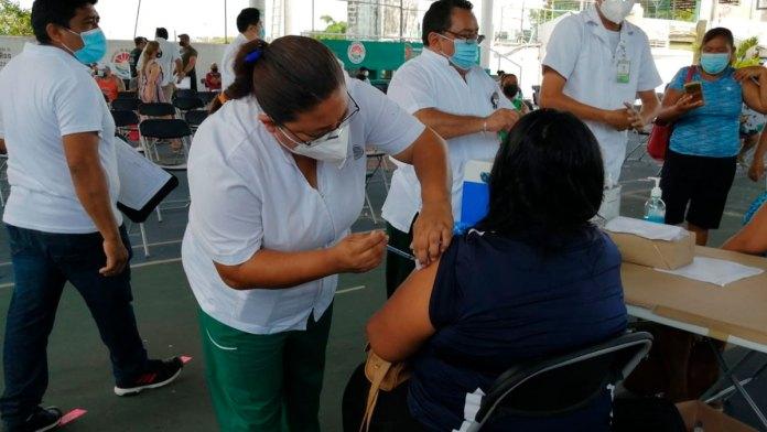 Comenzó sin problemas la vacunación a personas de 40 a 49 años