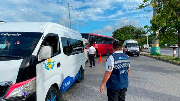 Aplican más sanciones a transporte por sobrecupo