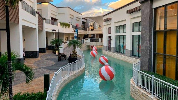 Rebautizan centro comercial; ahora es La Isla Paradise Experience