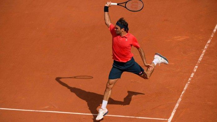 Logra Federer triunfo clave contra Cilic