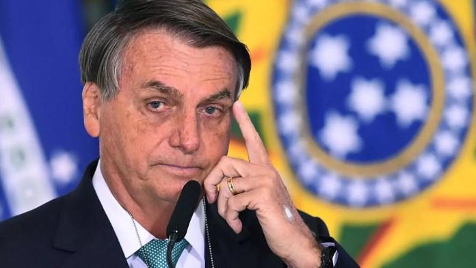 Rodean a Bolsonaro tramas de corrupción