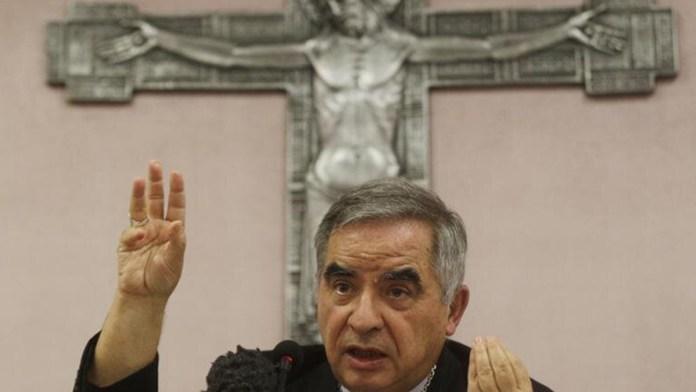 Enfrentan cardenales juicio por malversación