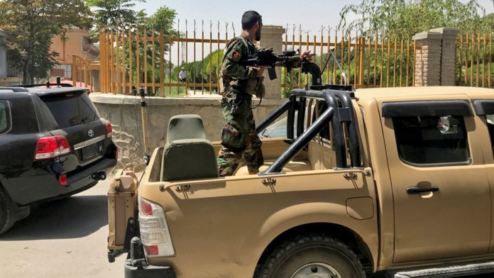 Toman control los talibanes en Afganistán