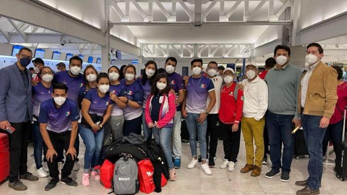 Paratletas mexicanos arriban a Tokio 2020