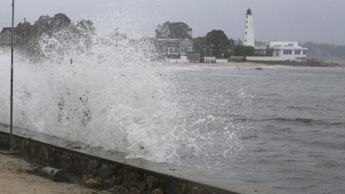Tormenta 'Henri' entró por Rhode Island a EU