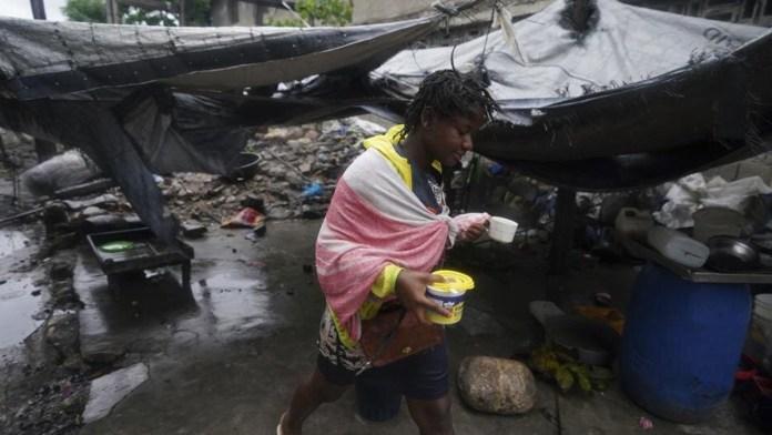 Después del temblor llegó la tormenta en Haití