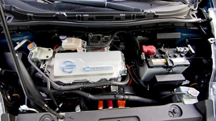 Alertan de baterías de autos eléctricos