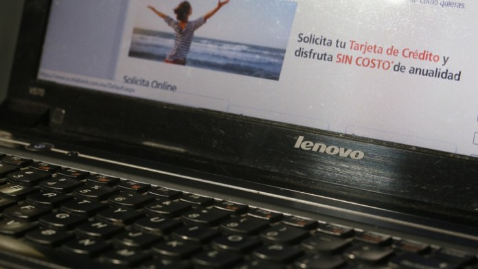Crece fraude virtual contra adultos mayores