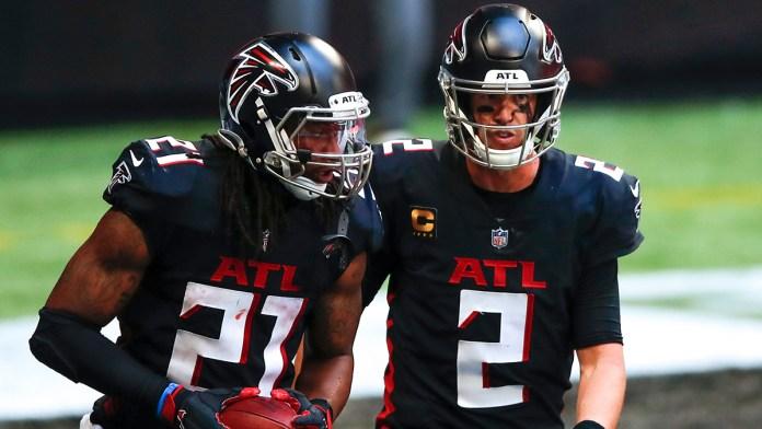 Logran Falcons vacunar a todos sus jugadores