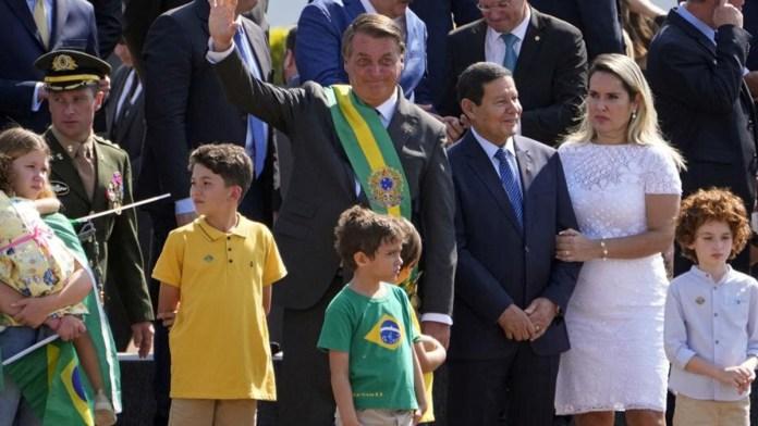 Muestra Bolsonaro respaldo popular en Brasil